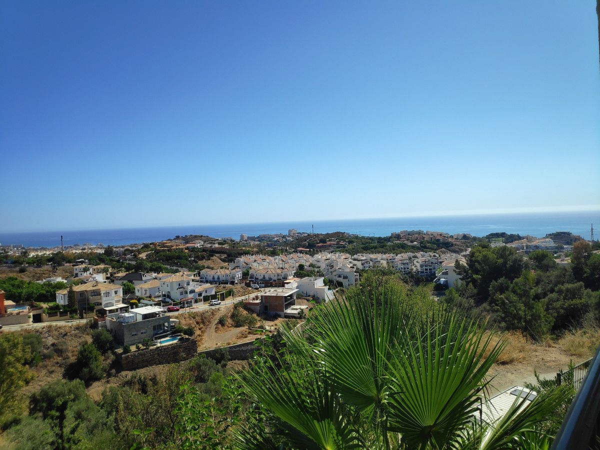 Semi-Detached House, Benalmadena, Costa del Sol. 3 Bedrooms, 2 Bathrooms, Built 159 m², Terrace 20 m, Spain