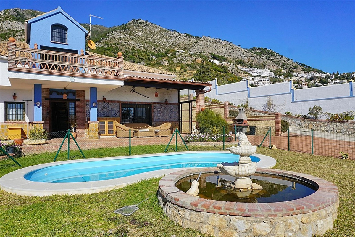 Beautiful rustic style country house, Spanish style, just 1 km from Mijas Pueblo, with panoramic vie,Spain