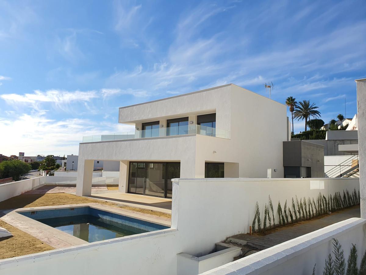 House - La Duquesa - R3744145 - mibgroup.es