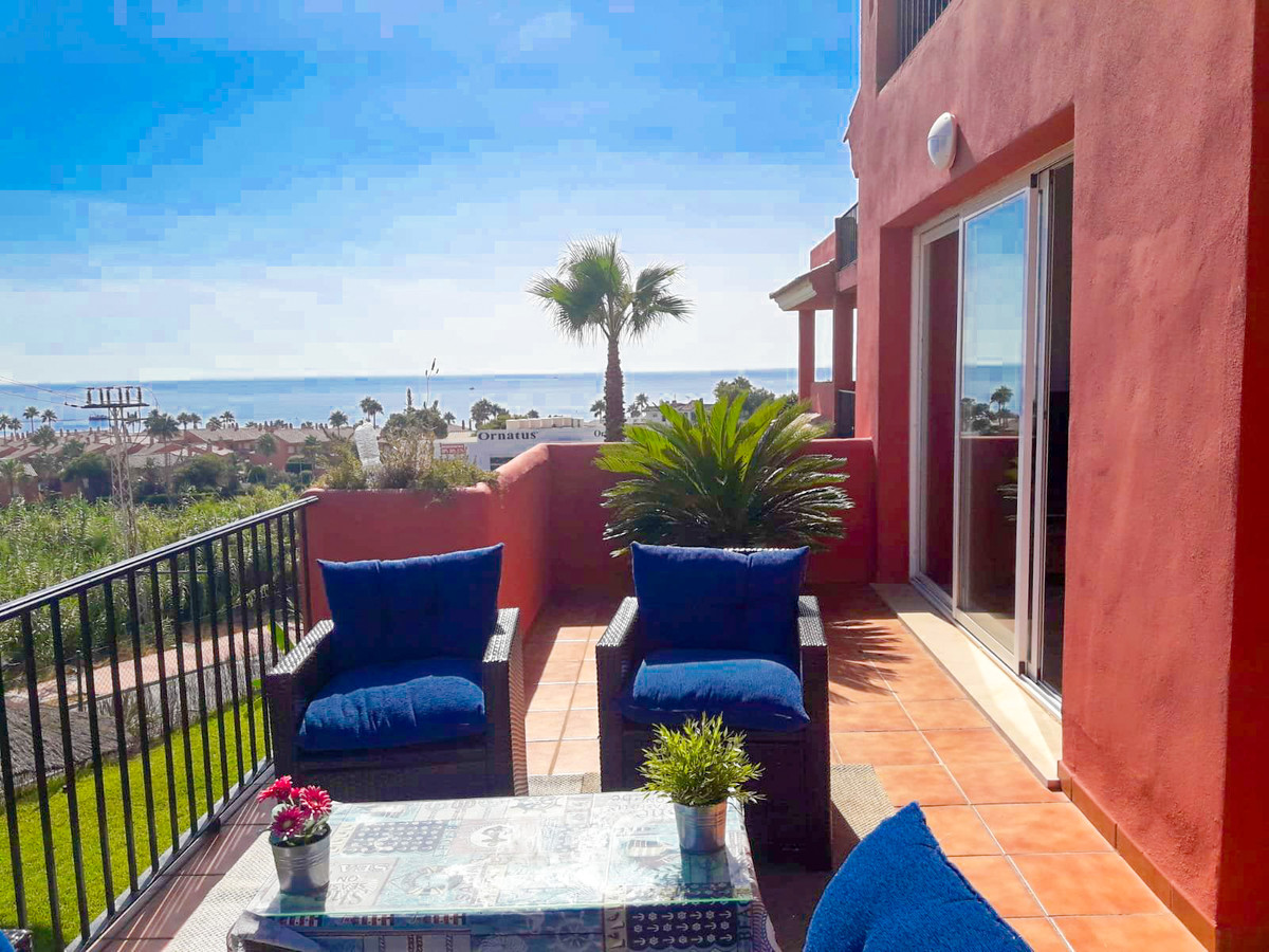 Panoramic sea-views: Bright 2-bedroom apartment with stunning sea views just 500m walking distance f,Spain