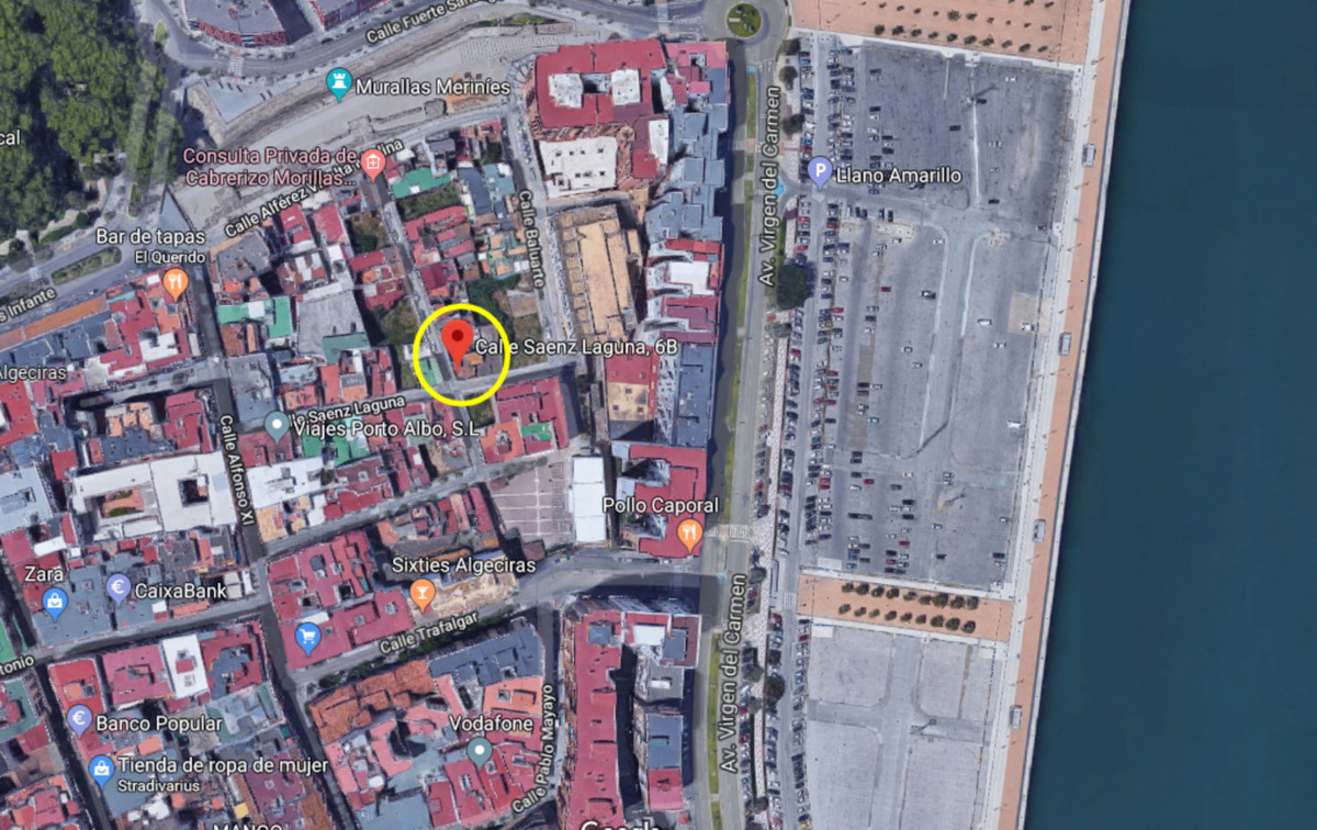 Urban plot for sale in central Algeciras. Very close to the famous industrial port,  as well as othe,Spain