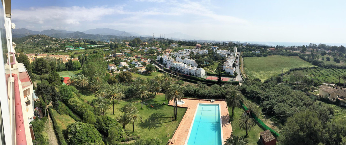 1-bedroom apartment with amazing sea and mountain views in Estepona. Equipped kitchen, living/dining, Spain