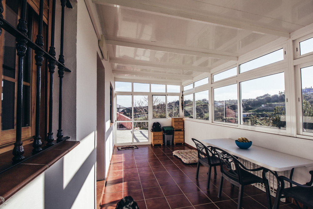 Finca with a plot situated in Estepona, a few minutes away from the center and all the amenities. It,Spain