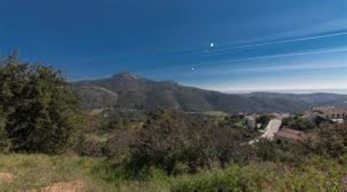 Plot of Land with Approved Project and Licence in Place, Monte Mayor, Benahavis  This plot of land i,Spain