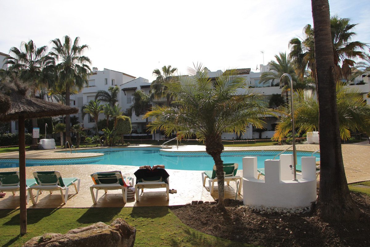 Nice family apartment for sale on the ground floor in a popular beachside complex Costalita on the N,Spain