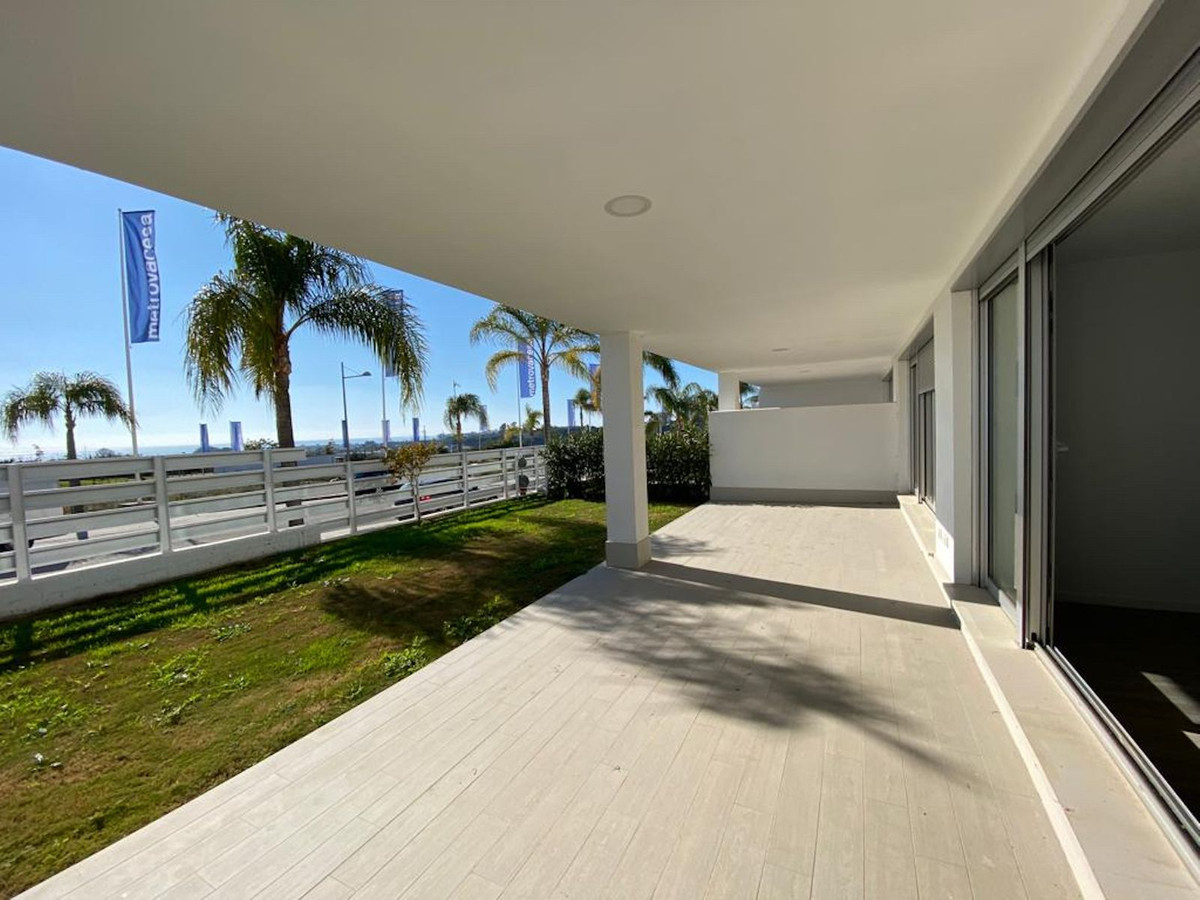 Contemporary  ground floor  resale apartment for sale in the 1 phase of the  new development  Le MirSpain