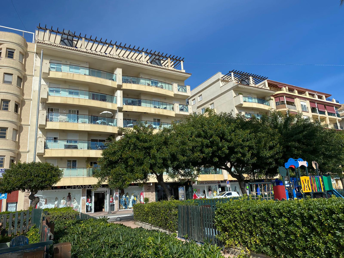 Apartment for sale in a first line  beach building in the center of Estepona. The building of recent,Spain