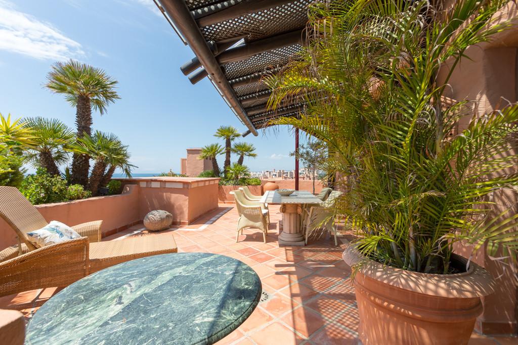 Marbella Banus Apartamento en Venta en New Golden Mile – R3184879