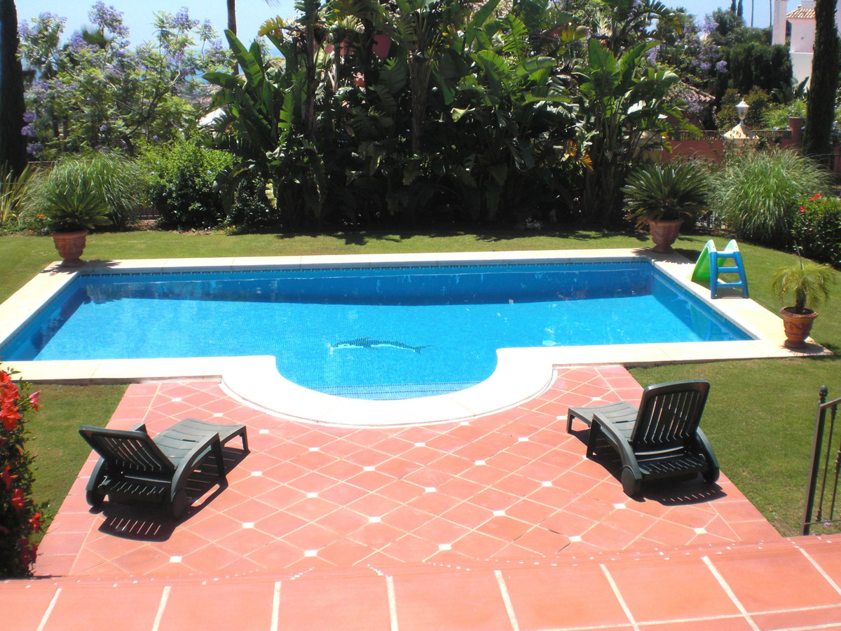 Villa  Detached 													for sale  																			 in Los Flamingos