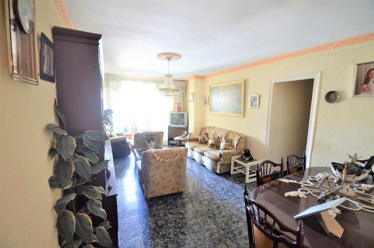 Spacious apartment in the jeart of Marbella 10 minutes walk from the beach Venus and El Faro beach, Spain