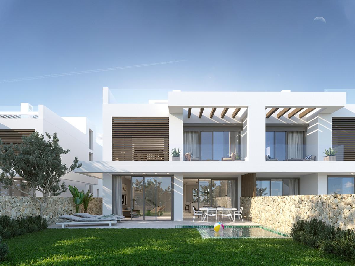 Marbella Banus Pareada en Venta en Cabopino – R3341353