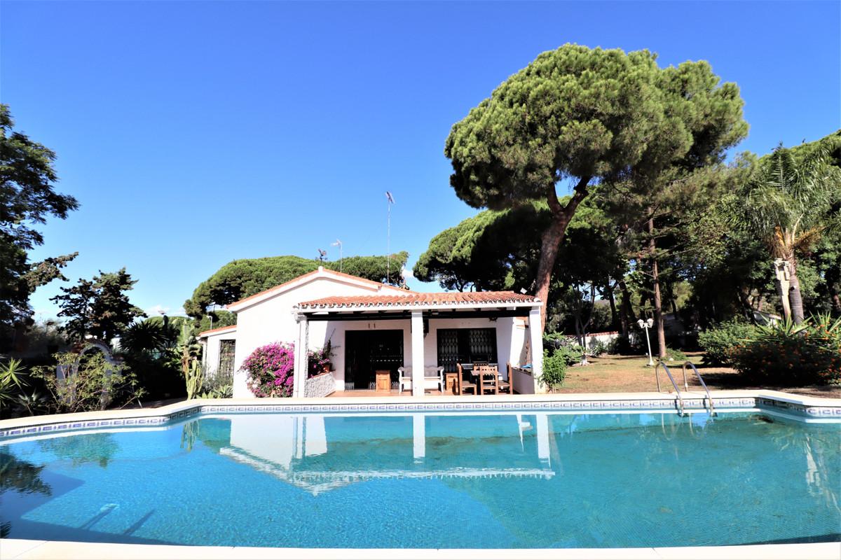 Pareada en venta en Marbella – R3530689