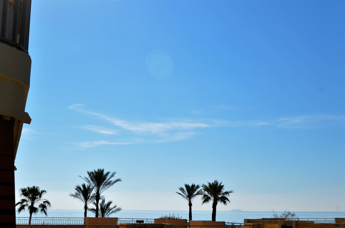 Spectacular location of this magnificent apartment with 2 bedrooms and two bathrooms just a minute w,Spain