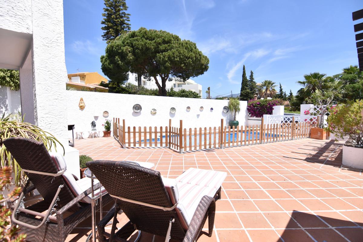 Villa – Chalet en Venta en Nueva Andalucía – R3524974