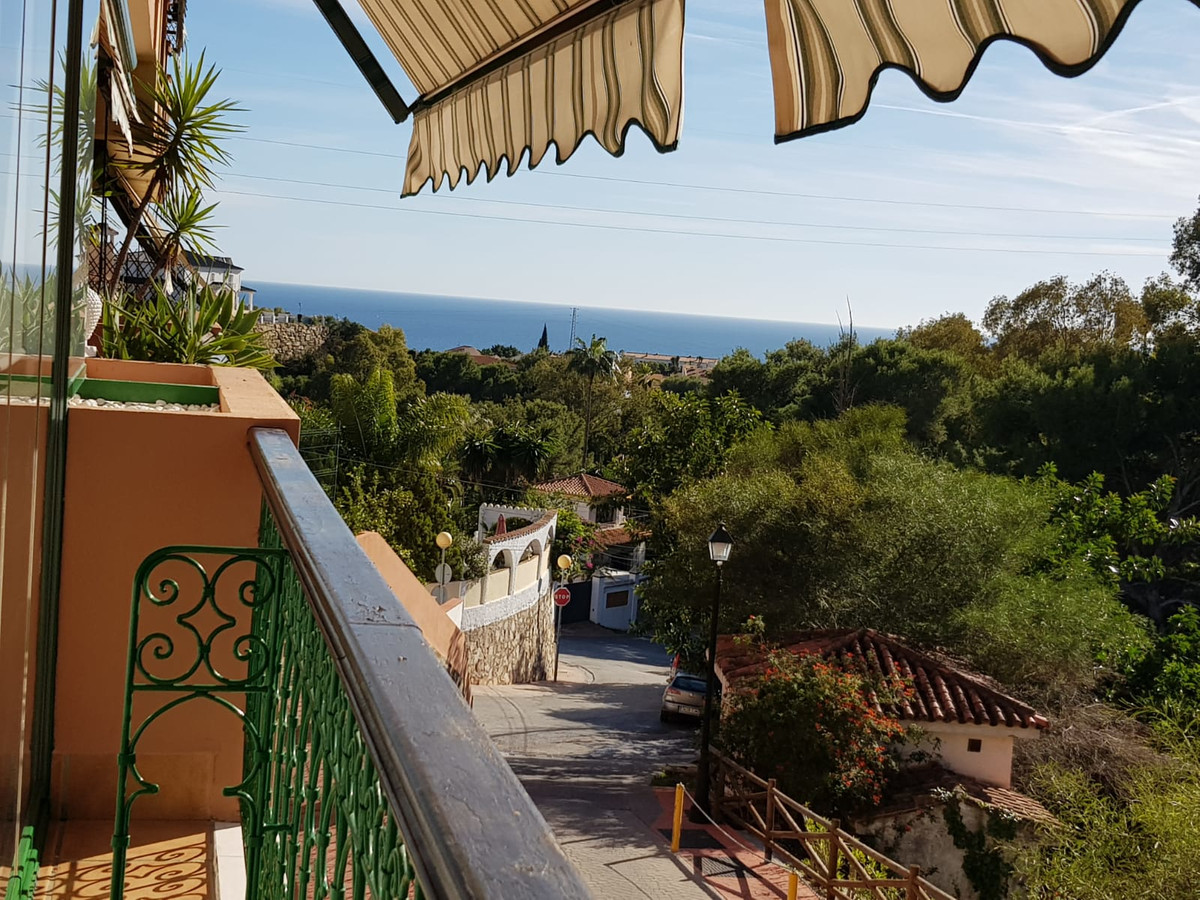 Beautiful apartment in Torreblanca, completely renovated, 3 bedrooms and 2 bathrooms (one suite).  T,Spain