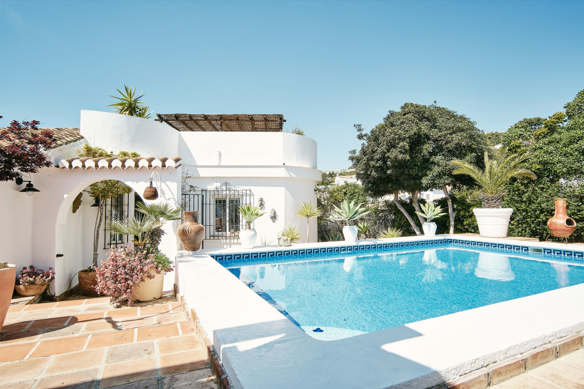 For sale we have Casa Renaissance; a beautiful 3 bedroom, 2 bathroom villa finished to a high standa,Spain