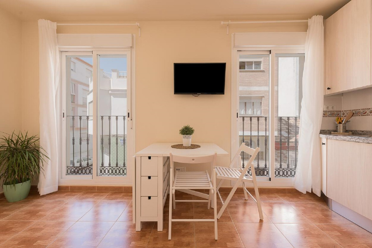 MALAGA, LA TRINIDAD - Beautiful studio apartment just minutes away from Malaga centro historico with, Spain
