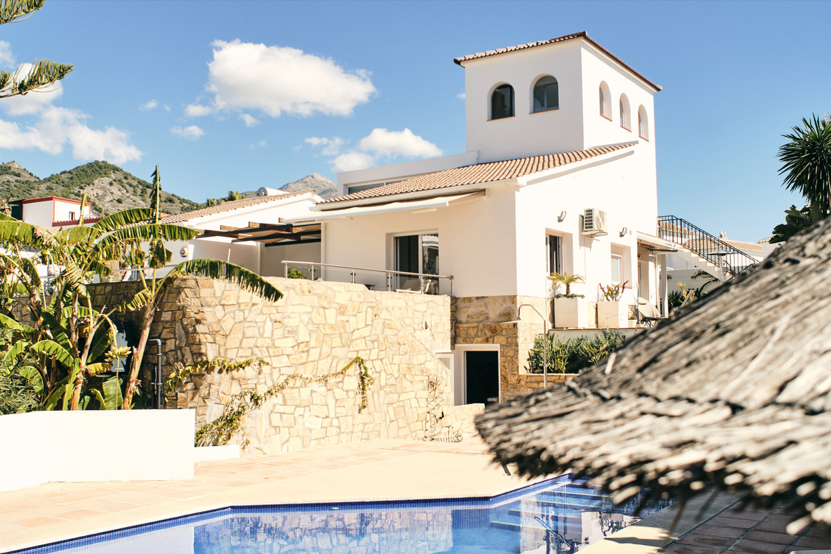 For sale we have this hidden gem of a villa, located in the popular Sierramar urbanisation, and just,Spain
