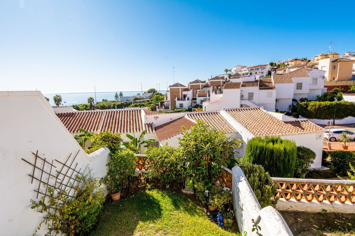 A spacious 2 bedroom, 1 bathroom south facing townhouse with private garden and terraces with sea vi, Spain
