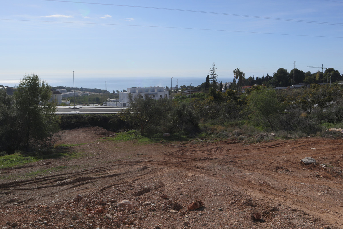 A plot of land  of 1407m2 with south facing sea views  in Fuente del Baden, Nerja.  Located close to, Spain