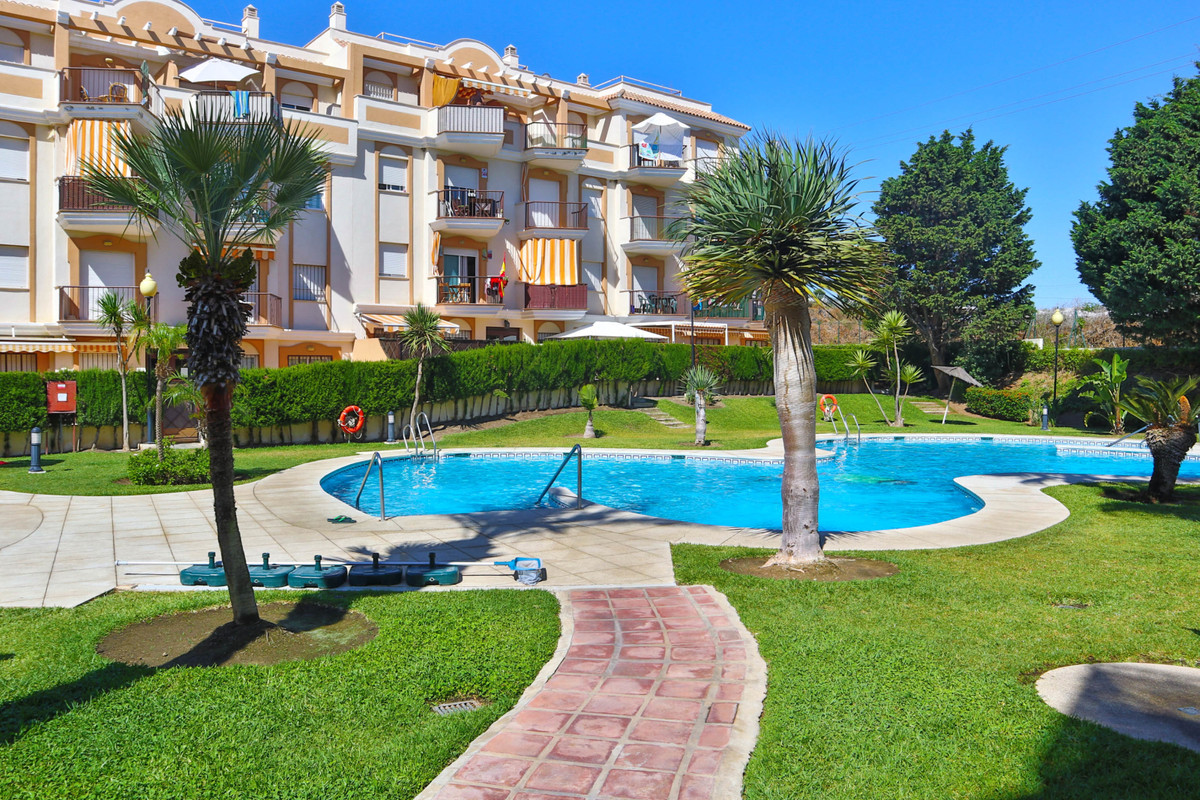 A 2 bedroom ground floor apartment in a modern low rise complex very close to the beach at Penoncill, Spain
