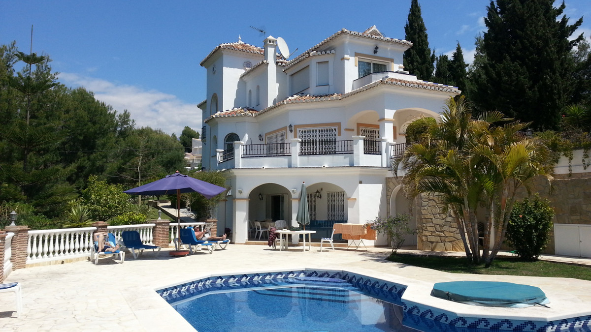 Cortijos San Rafael is a quiet residential area of high end detached villas ideally situated between,Spain