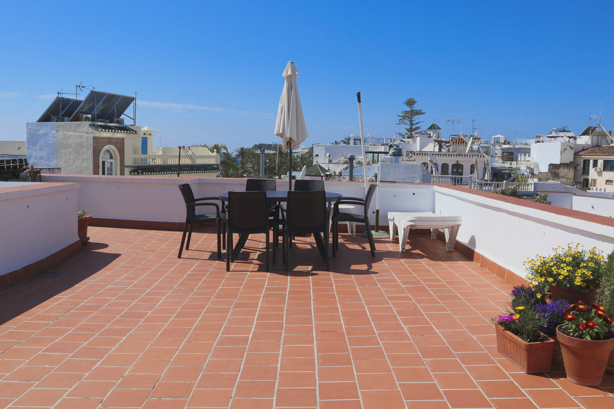 he property is located in the popular Calle Carabeo a few minutes walk to the beach, shops, bars, re,Spain