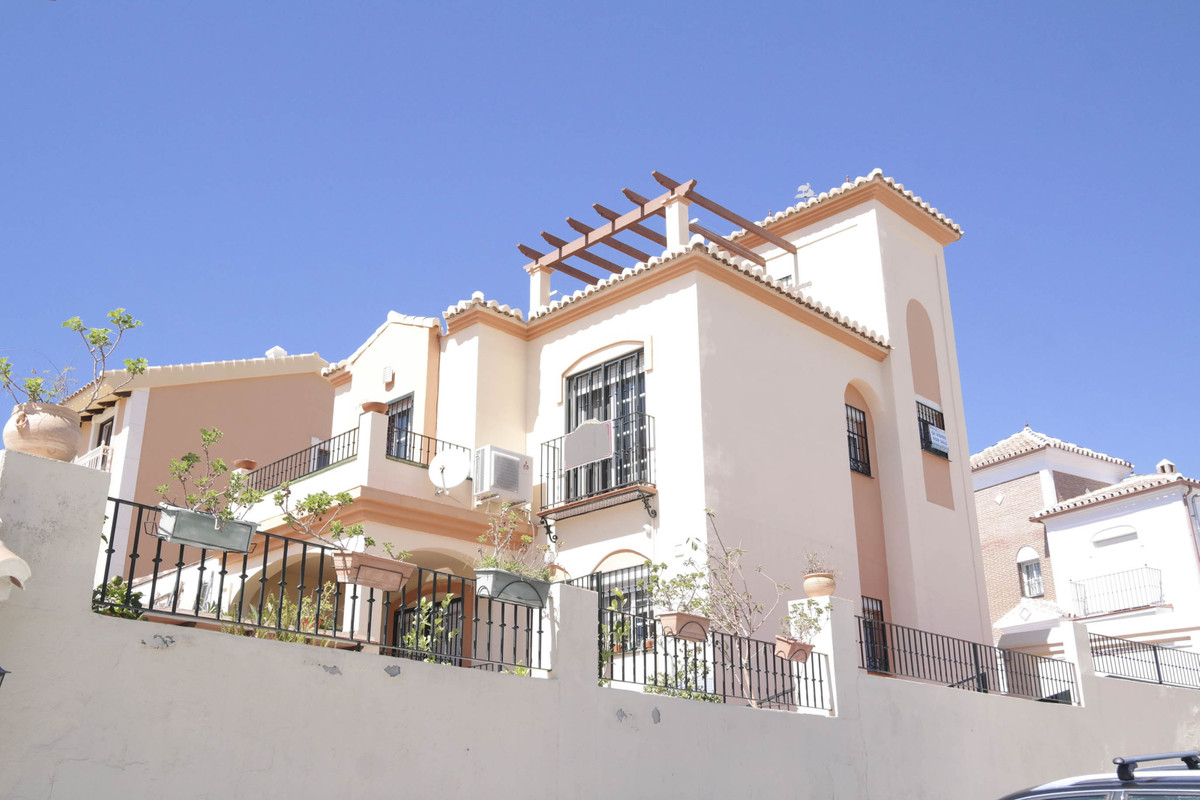 La Noria is a quiet urbanisation whilst being only a 20 minute walk to the centre of Nerja and its b,Spain