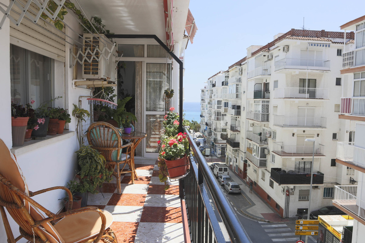 Middle Floor Apartment in Nerja