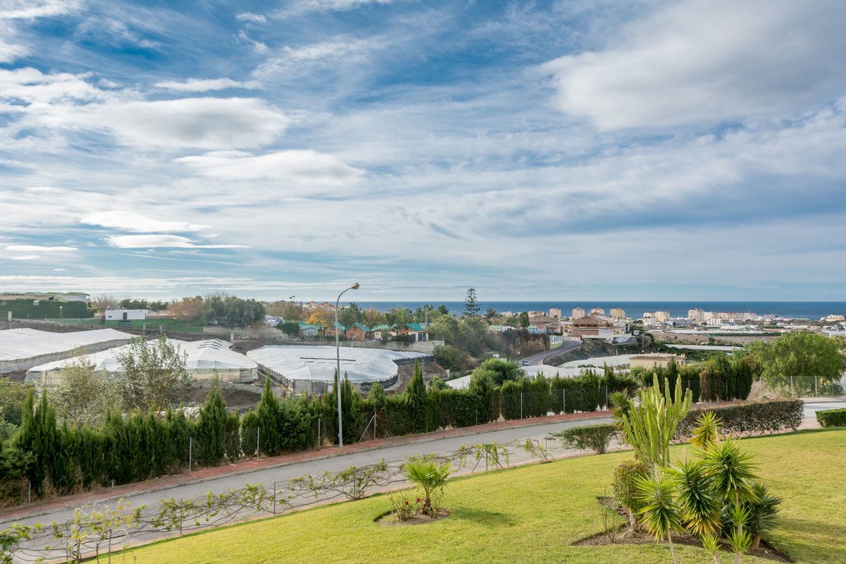 Middle Floor Apartment in Torrox