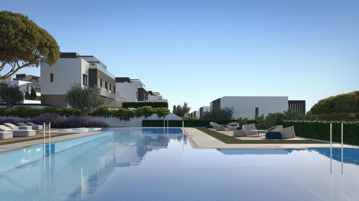Villa Semi Detached for sale in Atalaya, Costa del Sol