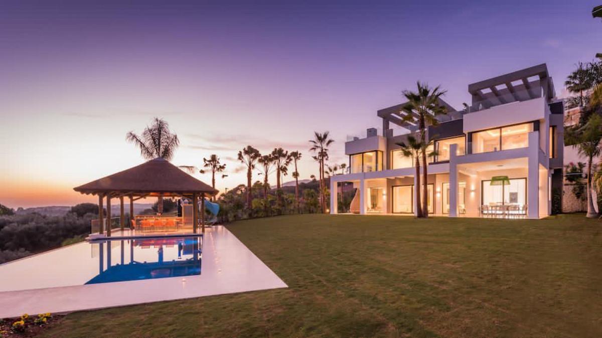 Villa, Independiente  en venta    en Los Flamingos