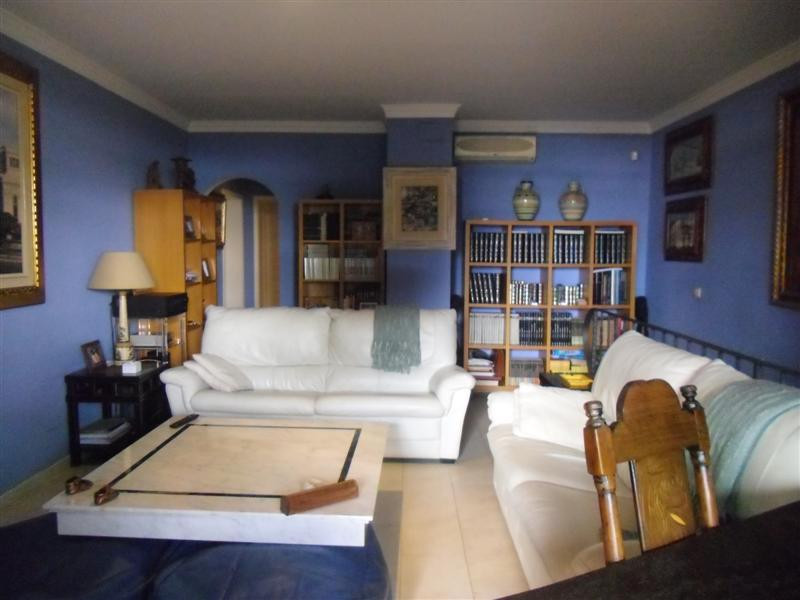 Apartment Penthouse for sale in El Paraiso, Costa del Sol