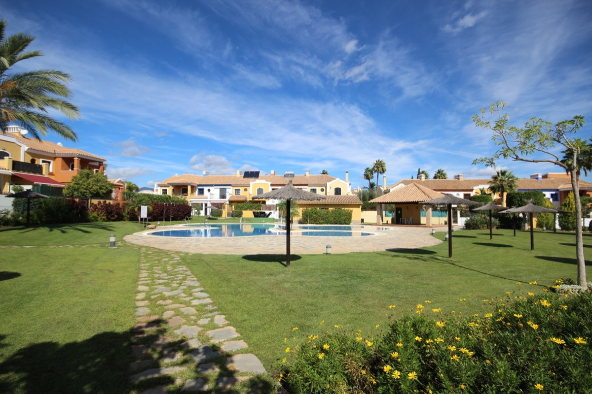 Townhouse Terraced for sale in Guadalmina Alta, Costa del Sol