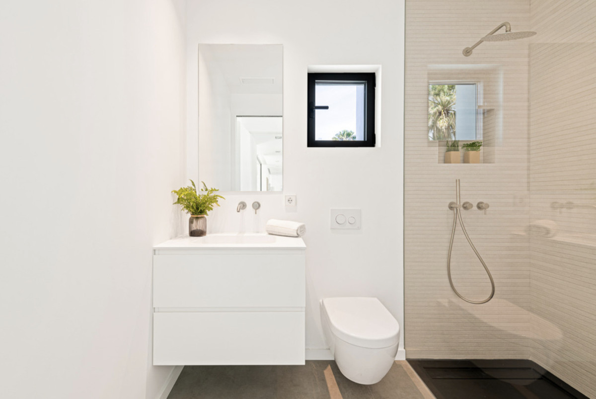 Villa Detached for sale in Costalita, Costa del Sol