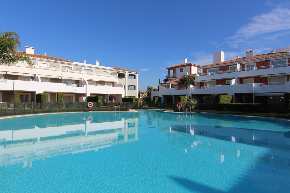 Apartment  Ground Floor  for sale   in Atalaya