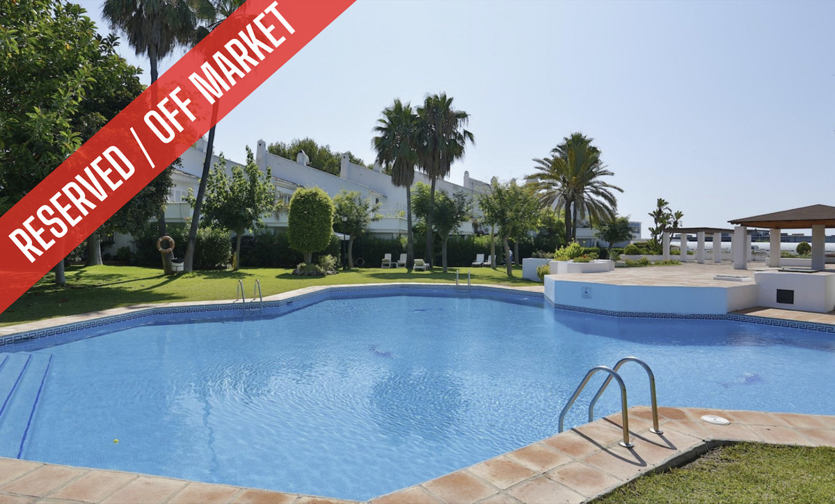 Townhouse Terraced for sale in Bel Air, Costa del Sol