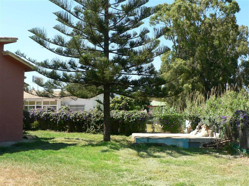 Villa Semi Detached for sale in Estepona, Costa del Sol