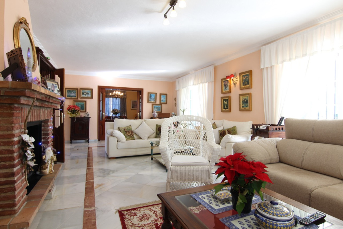 Villa Detached for sale in Guadalmina Alta, Costa del Sol