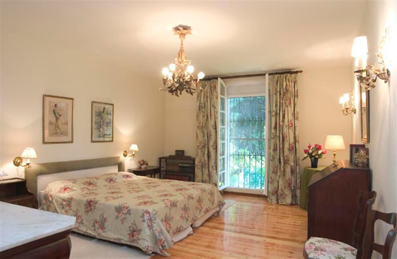 Villa Detached for sale in The Golden Mile, Costa del Sol