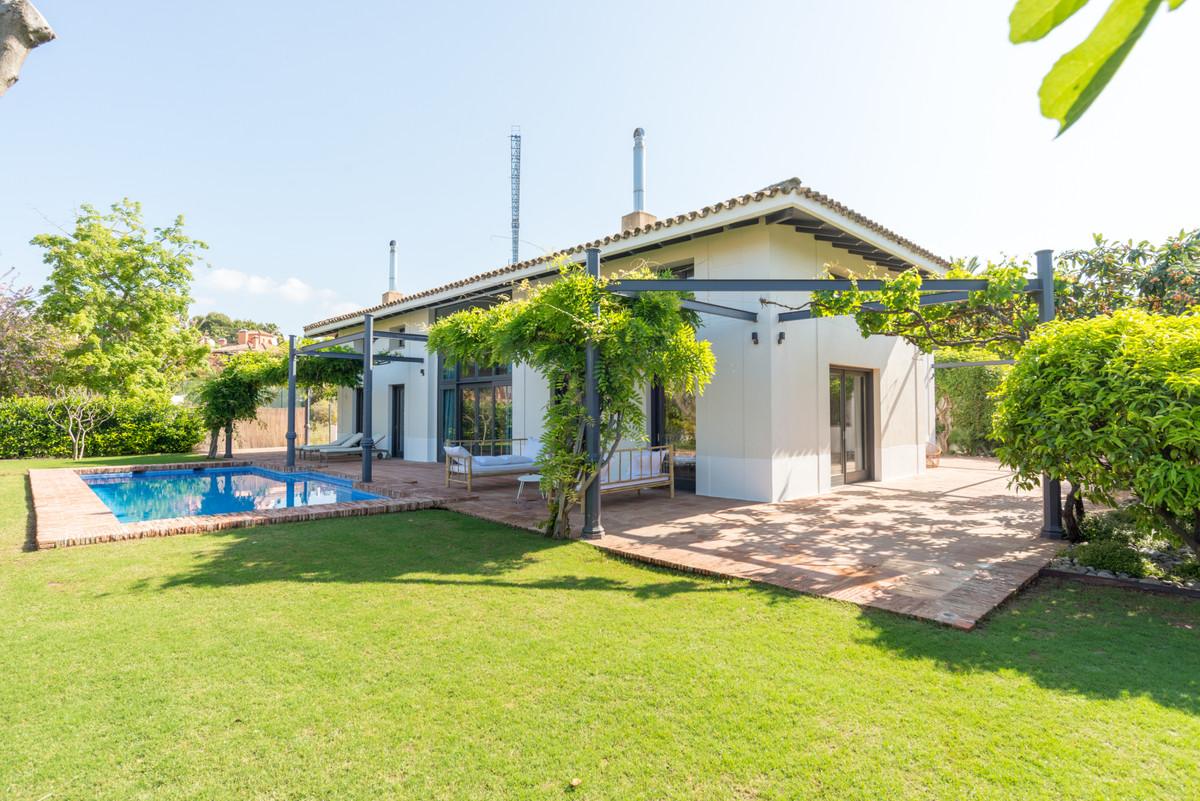 Villa  Detached 									 for sale  													 in Guadalmina Baja