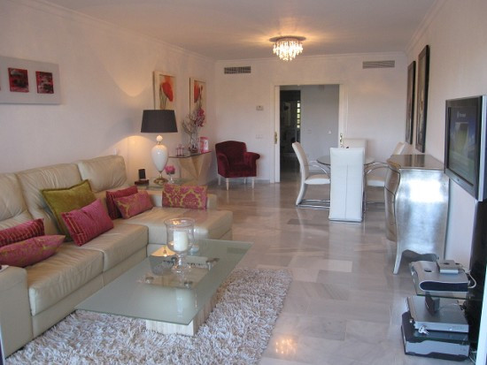 Apartment Ground Floor for sale in Guadalmina Baja, Costa del Sol
