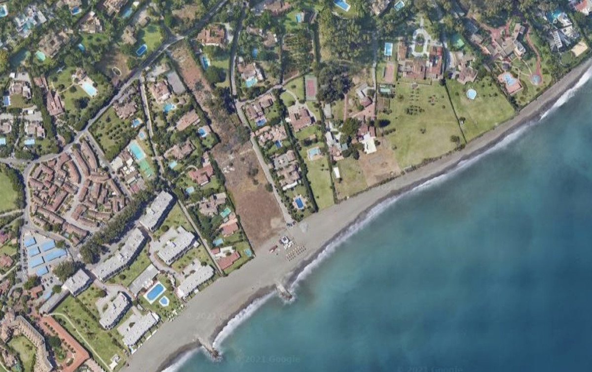 Plot  Residential 									 for sale  													 in Guadalmina Baja