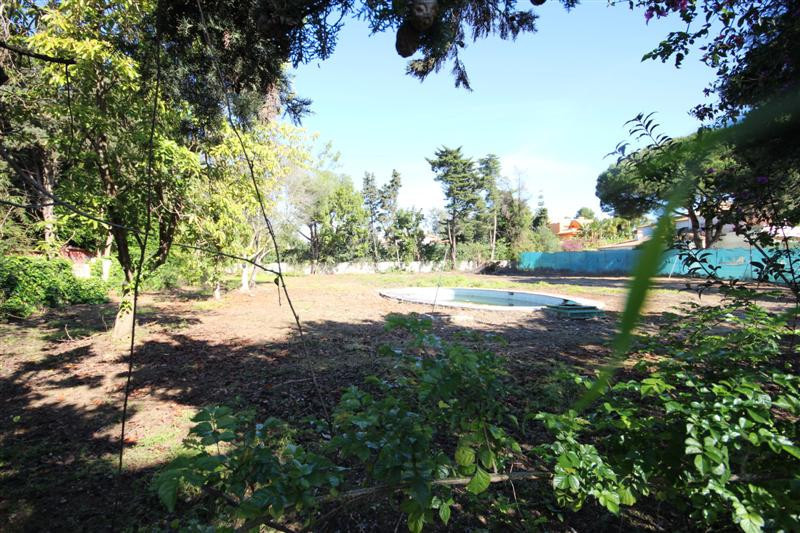 Plot Residential for sale in Guadalmina Baja, Costa del Sol
