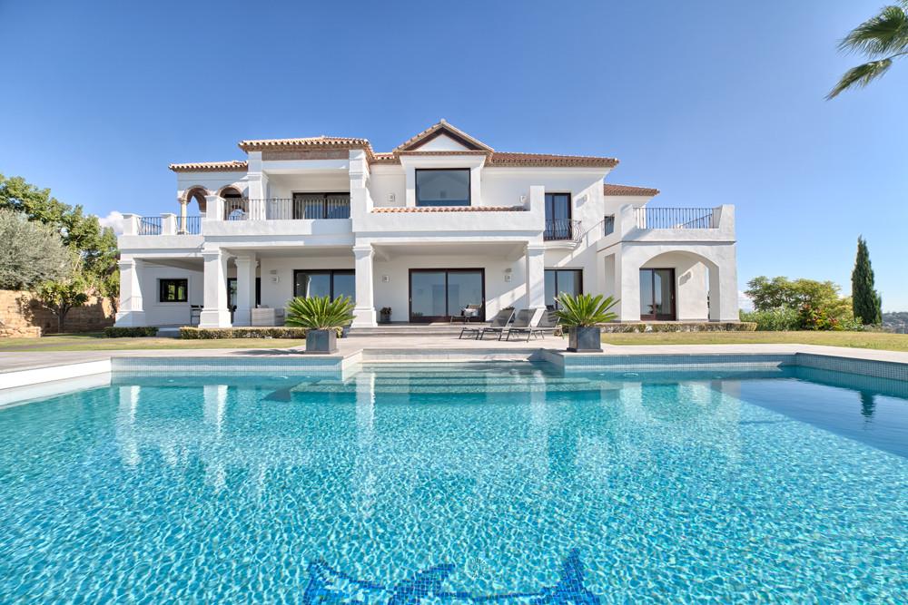 Villa  Detached  for sale   in Los Flamingos