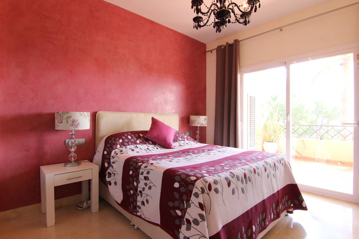 Apartment Middle Floor for sale in Bel Air, Costa del Sol