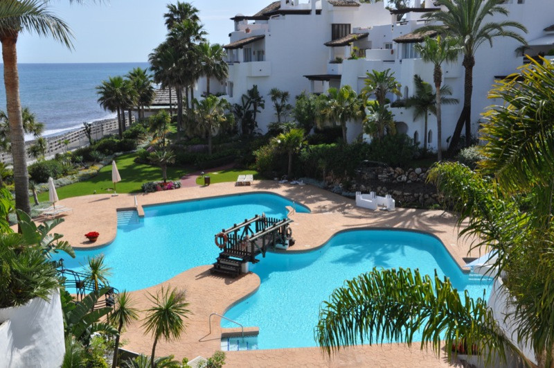 Apartment, Penthouse  for sale    in Puerto Banús