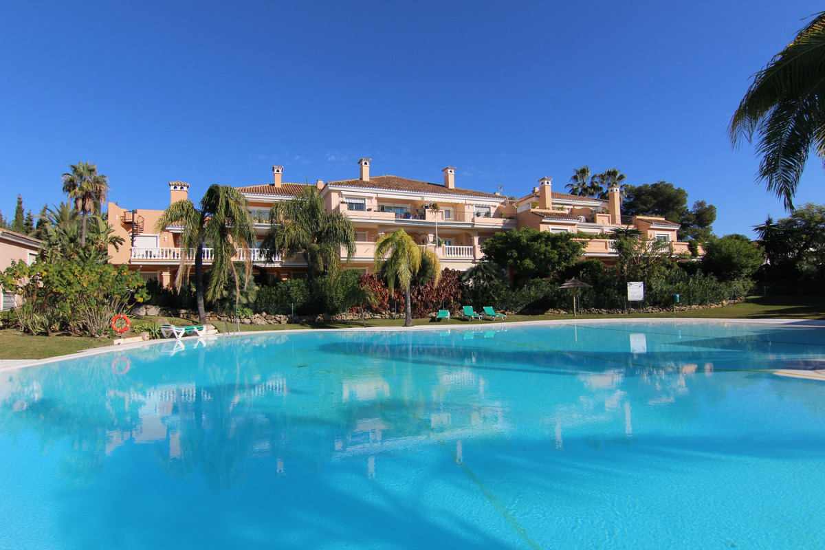 Apartment  Penthouse  for sale   in Costalita