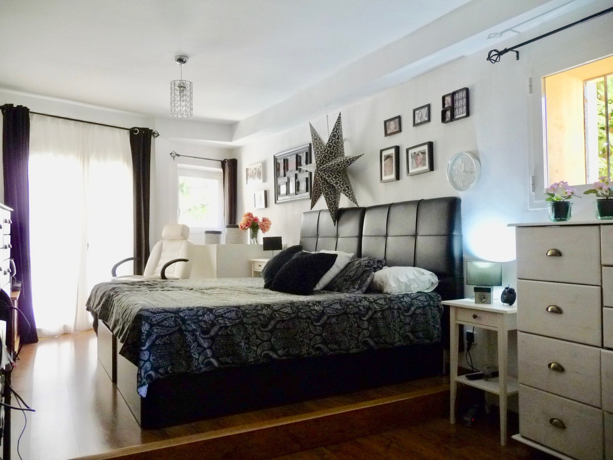 Magnificent duplex ground floor with direct entrance from the street; in the historic center of Palm,Spain