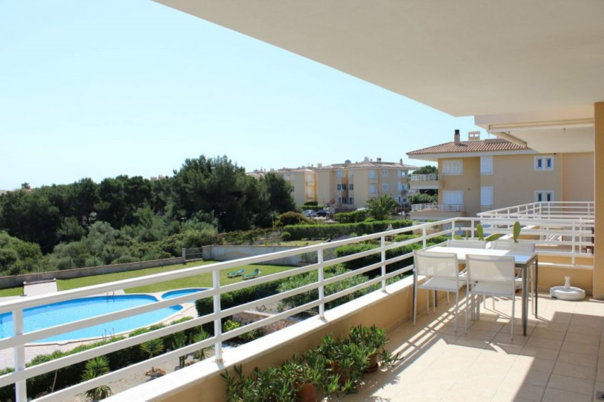 Bright penthouse of 100 square meters with views of the countryside and the bay of Portocolom., Furn,Spain